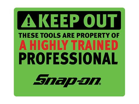 Snap-on(スナップオン)ステッカー「HIGHLY TRAINED DECAL - GREEN」