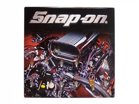 Snap-on(スナップオン)キーホルダーボード「KEY HOLDER BOARD - ENGINE」